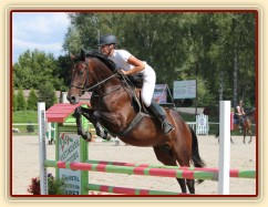 Parkury Klatovy, Royal Lily a Adéla Císařová, soutěž Z (Lily byla u nás ve sportovním výcviku). Foto Jitka Kreidlová