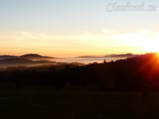 Mlhavá podzimní rána